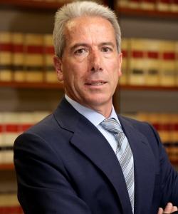 Montero aramburu abogados ficha a juan arencibia rodr guez for Oficinas mapfre las palmas
