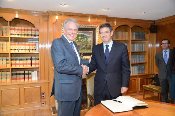 Catalá se reúne con el Notariado para intercambiar opiniones sobre las reformas legislativas