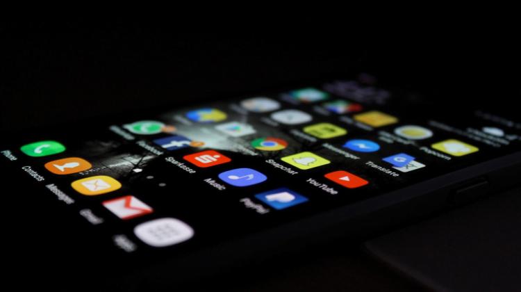 #HackTheJustice escritorio mobil con aplicaciones