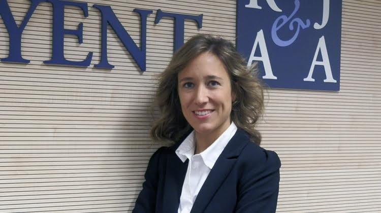 Roca Junyent incorpora a Marlen Estévez como socia del Departamento Procesal