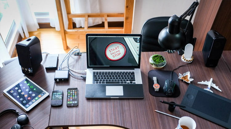 ¿Qué control legal pueden ejercer las empresas sobre sus empleados en el uso de dispositivos electrónicos?