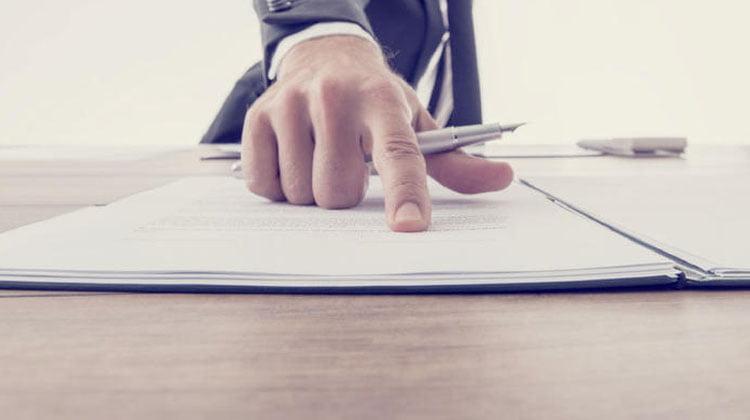 ¿Hasta dónde alcanza la responsabilidad de la persona física representante del administrador persona jurídica?