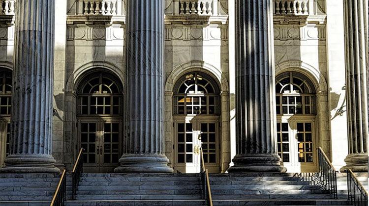 Banco Santander condenado tras la suscripción de 18 millones en SWAPS de una sociedad anónima