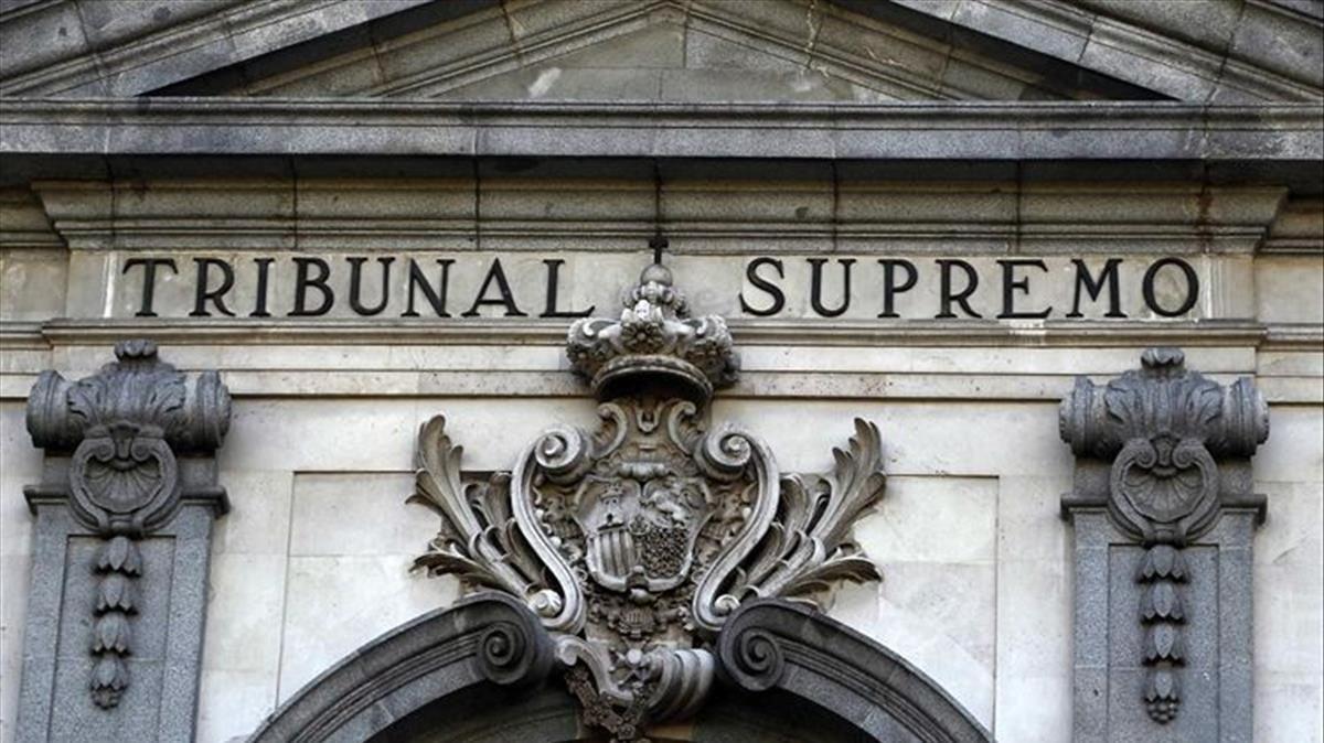 Varapalo del Supremo a los consumidores bancarios, serán los clientes quiénes paguen el impuesto de las hipotecas