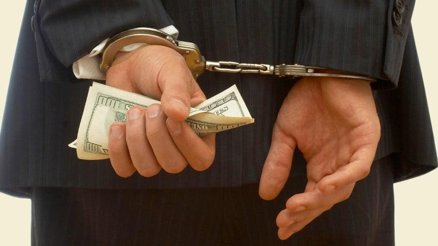 La rebaja de una pena debe hacerse junto con el reintegro patrimonial correspondiente