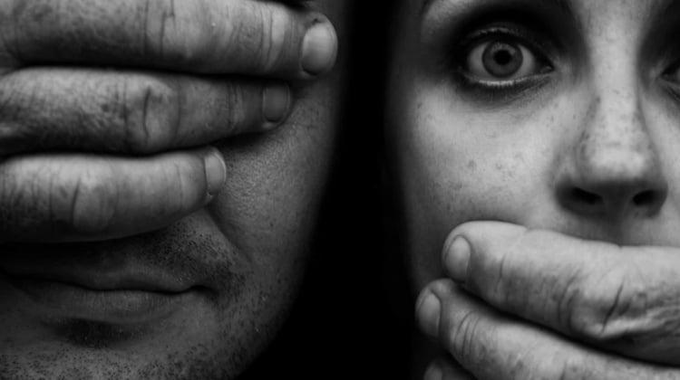 El CGPJ acuerda potenciar la Unidad de Atención Ciudadana que tramita las quejas de las víctimas de violencia de género