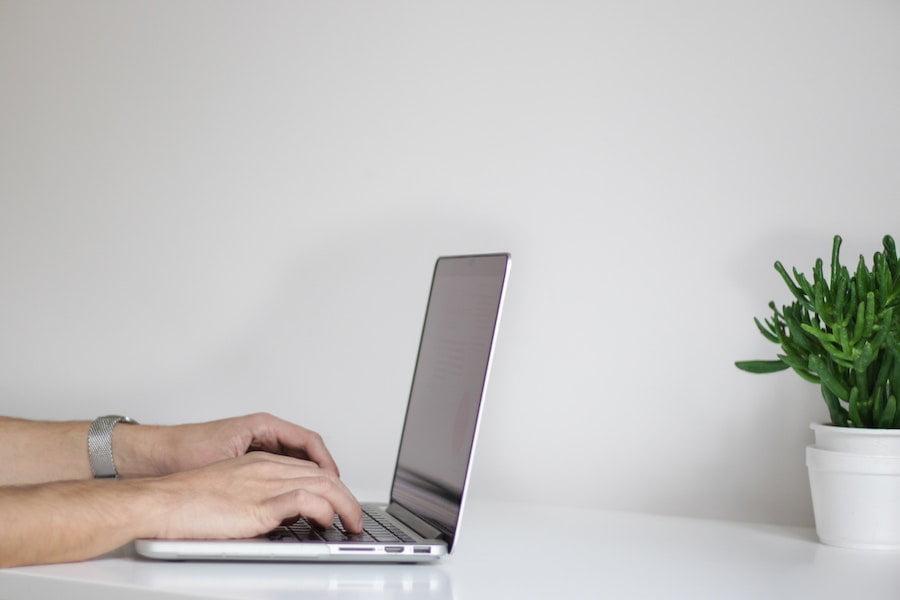 registro-salarial-diario-juridico